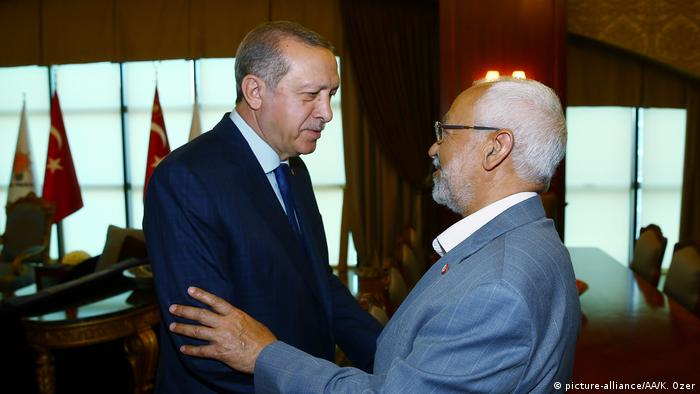 Türkei Recep Tayyip Erdogan - Rached Ghannouchi in Ankara (picture-alliance/AA/K. Ozer)