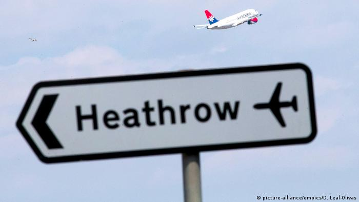 Großbritannien Flughafen Heathrow in London (picture-alliance/empics/D. Leal-Olivas)