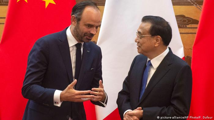 China Edouard Philippe und Li Keqiang in Peking (picture-alliance/AP Photo/F. Dufour)