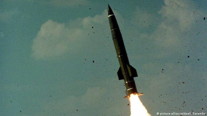 Míssil russo de curto alcance tipo Totschka é capaz de transportar ogivas nucleares