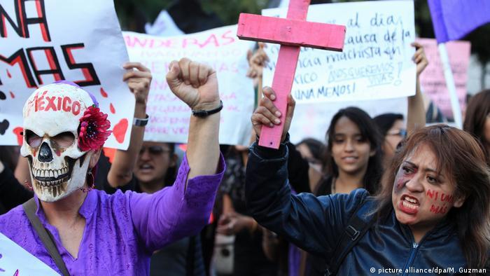 Protesto contra a violência de gênero no México