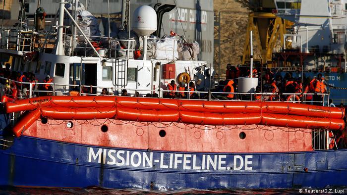 Судно Lifeline в порту Валлетты