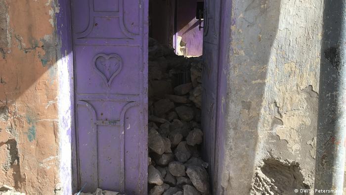 Литые двери в историческом центре Мосула