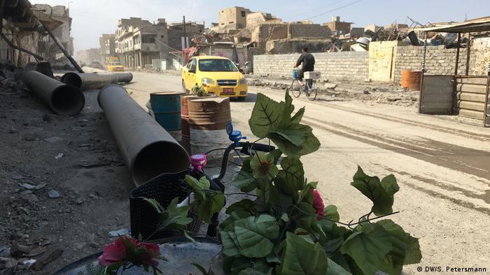 Irak Reportage Mossul 1 Jahr nach der Befreiung | teurer Wiederaufbau (DW/S. Petersmann)
