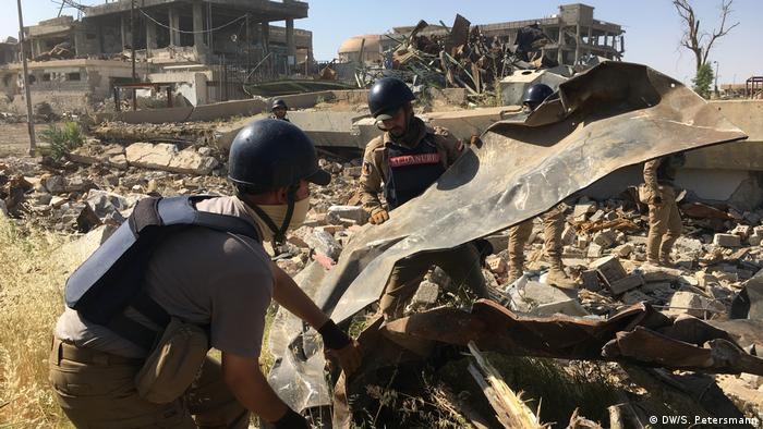 Irak Reportage Mossul 1 Jahr nach der Befreiung   Irakische Kampfmittelräumer, UNMAS
