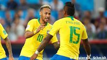 FIFA Fußball-WM 2018 in Russland   Brasilien vs. Serbien   Jubel Brasilien (1:0)