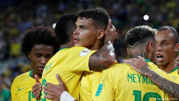 Defesa brasileira faz Copa impecável e tem em Thiago Silva 2ae15501fd50e