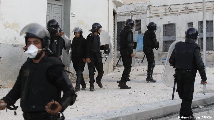 Marokko - Sicherheitskräfte reagieren auf Proteste in Al-Hoceima in der Rif-Region