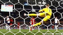 Soccer Football - World Cup - Group G - England vs Belgium - Kaliningrad Stadium, Kaliningrad, Russia - June 28, 2018 England's Jordan Pickford saves a shot on goal REUTERS/Fabrizio Bensch