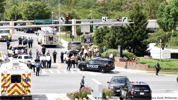 Police respond to a shooting reported at Capital Gazette newspaper in Annapolis, Md. (picture alliance/TNS/Capital Gazette/Baltimore Sun/J. McKerrow)