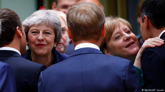 Belgien EU-Gipfel in Brüssel | Theresa May & Angela Merkel (Reuters/F. Lenoir)