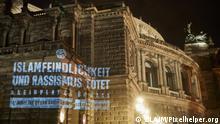 Lichtinstallation gegen Hass an der Semperoper Dresden im Vorfeld des Tages gegen antimuslimischen Rassismus am 1. Juli, © CLAIM / Pixelhelper.org Projekt Tag gegen Antimuslimischen Rassismus