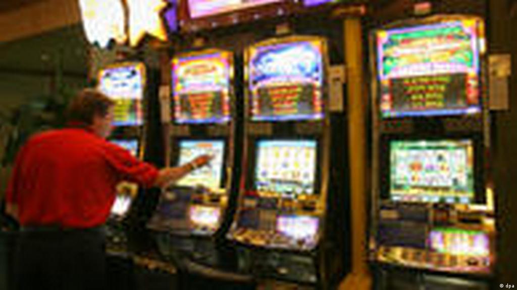 Казино берлина казино вулкан игровые автоматы играть бесплатно американский покер