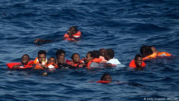 پناهجویان آفریقایی در آبهای مدیترانه