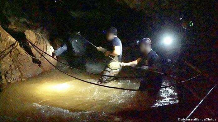 Flooding trapped the boys inside the cave on June 23 (picture-alliance/Xinhua)
