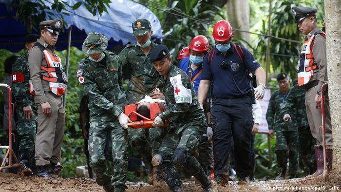 Thai soldiers held an evacuation drill at caves