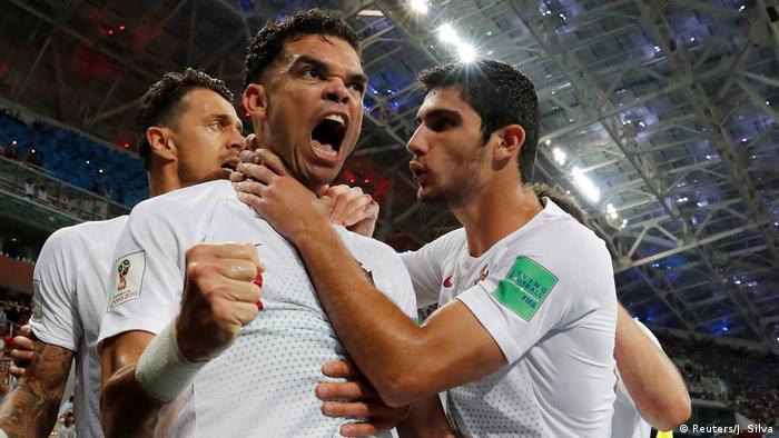 FIFA Fußball-WM 2018 | Achtelfinale | Uruguay vs. Portugal | 1. TOR Portugal (Reuters/J. Silva)