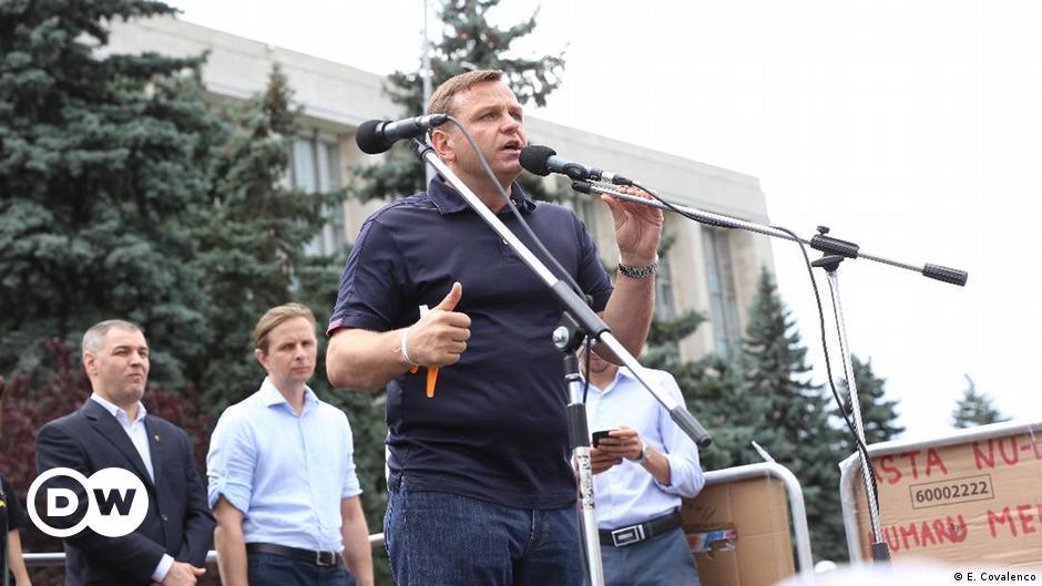 ridicarea imunitatii parlamentare moldova