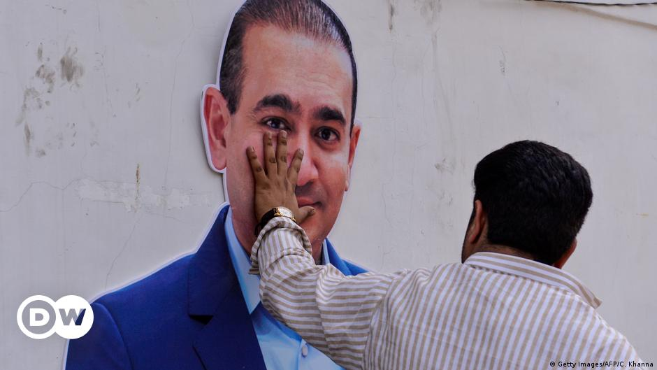 UK approves extradition of billionaire jeweler Nirav Modi to India