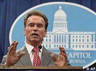 آرنولد  شواتسنگر، فرماندار کالیفرنیا که دوران فرمانداری وی به پایان رسیده است