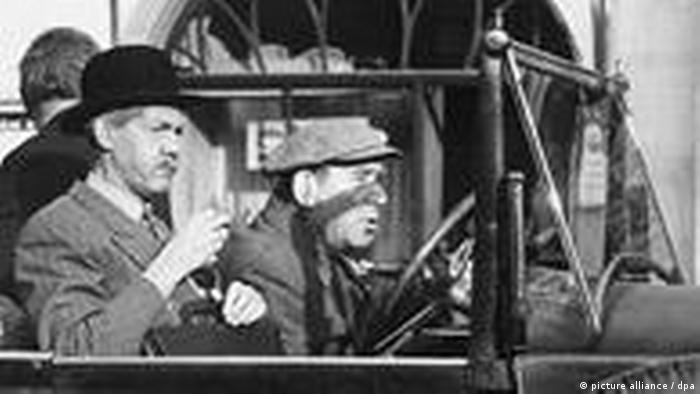 Herbert Köfer in the East German movie Hände hoch oder ich schieße
