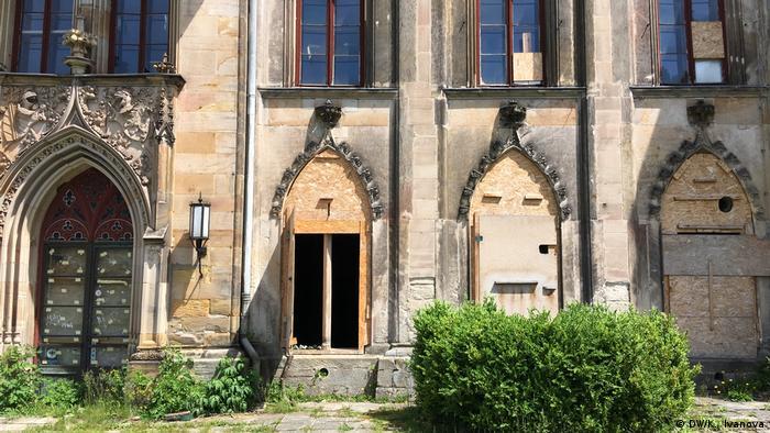 На восстановление замка понадобятся десятки миллионов евро