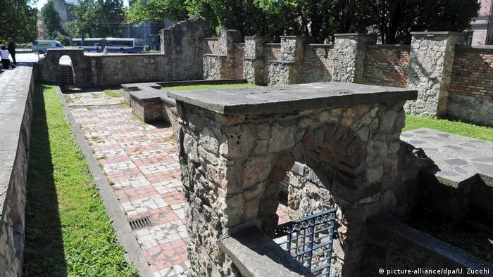 Руины синагоги в Риге