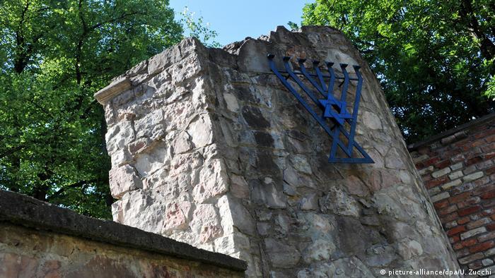 Руины хоральной синагоги в Риге
