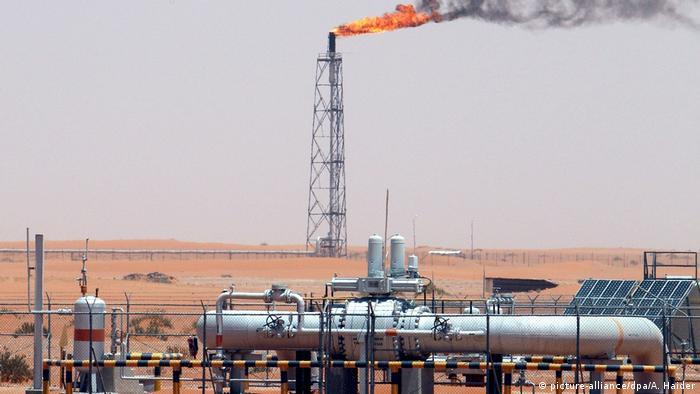Geopolitik als Hauptursache für den Preisverfall: Ölfeld in Saudi-Arabien