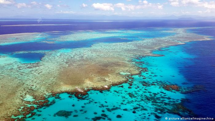 Aerial look at the Great Barrier Reef in Australia (picture-alliance/Imaginechina)