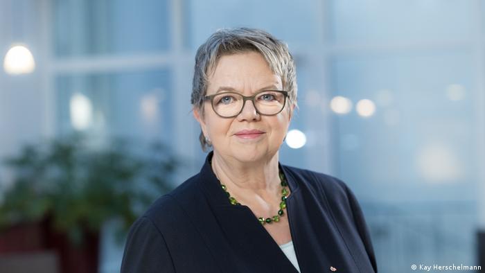 GEW-Vorsitzende Marlis Tepe (Kay Herschelmann)