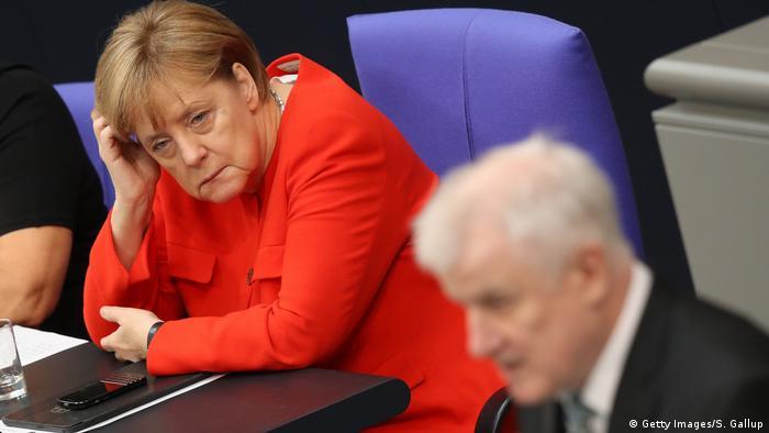 Bundestag Angela Merkel und Horst Seehofer
