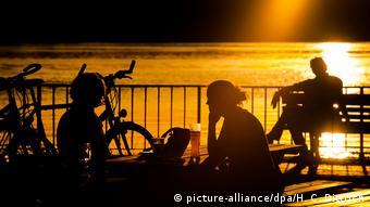 Το καλοκαίρι του 2018 πάνω από 4,5 εκατομμύρια πολίτες συμμετείχαν σε δημόσια διαβούλευση της Κομισιόν για την κατάργηση της εναλλαγής