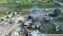 05.07.2018, Mexiko, Tultepec:Luftblick auf die Stelle, an der sich eine Explosion in einer Feuerwerksfabrik ereignete. Die Polizei des Bundesstaats sprach auf Twitter von 17 Toten. Weitere 31 Menschen seien bei der Explosion verletzt worden. Foto: Especial/NOTIMEX/dpa +++ dpa-Bildfunk +++  