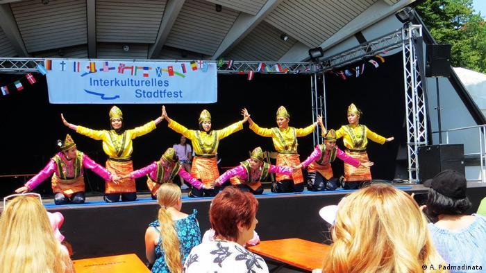 Interkulturelles Stadtfest Friedrichshafen (A. Padmadinata)