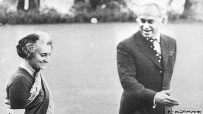1972 - Präsident Pakistans Zulfikar Ali Bhutto mit Premierministerin Indira Gandhi (imago/ZUMA/Keystone)