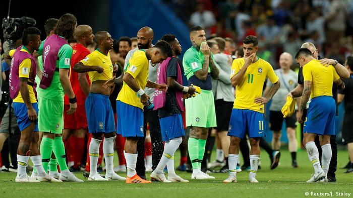 Decepção e certa resignação: jogadores após a derrota