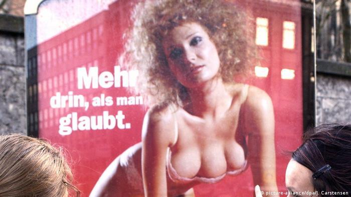 Umstrittene Media-Markt Werbung (picture-alliance/dpa/J. Carstensen)