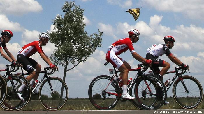 Frankreich Tour de France 1. Etappe (picture-alliance/AP Photo/C. Ena)