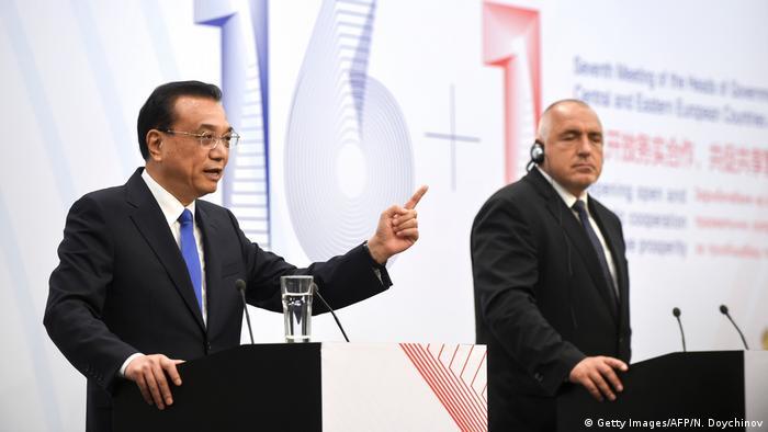 Bulgarien Sofia Li Keqiang und Bojko Borissow (Getty Images/AFP/N. Doychinov)