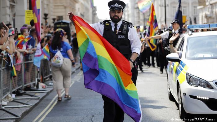 Großbritannien London Gay Pride Parade (Getty Images/AFP/T. Akmen)