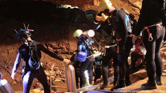 Thailand | Regen erschwert Rettungsaktion in Tham Luang Höhle (picture-alliance/dpa/Royal Thai Navy)