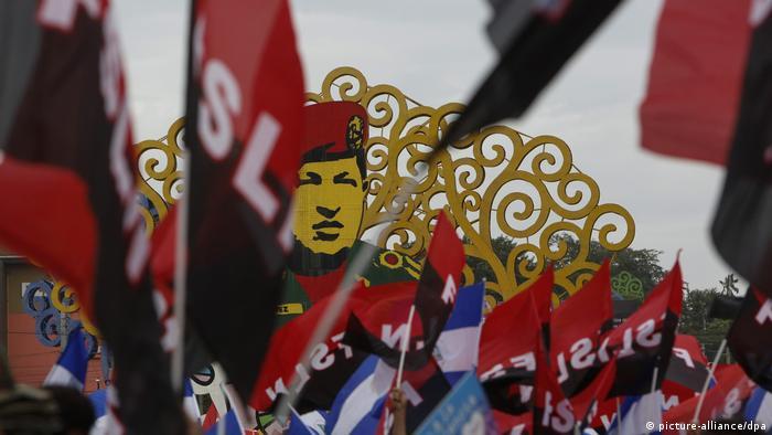 Nicaragua Friedensmarsch (picture-alliance/dpa)