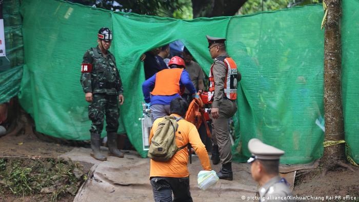 Thailand Rettungsaktion Tham Luang Höhle (picture-alliance/Xinhua/Chiang Rai PR office)