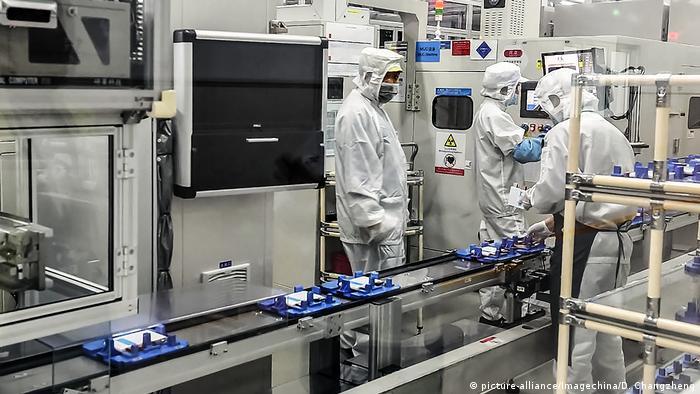 Chinesisches Unternehmen CATL - Produktion Lithiumbatterie