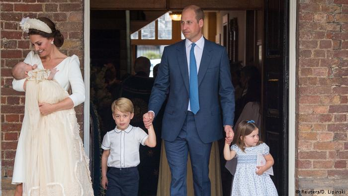 Britain's Prince William and Catherine with Prince George, Princess Charlotte and Prince Louis. (Reuters/D. Lipinski)