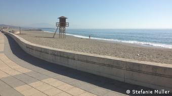 Σε αυτή την παραλία στη Λινέα ντε λα Κονσεπσιόν ξεφορτώνουν κάθε τόσο το εμπόρευμά τους οι σπείρες των ναρκωτικών