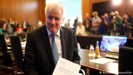 Πολύ δύσκολες διαπραγματεύσεις με Ελλάδα αναμένει ο Ζεεχόφερ