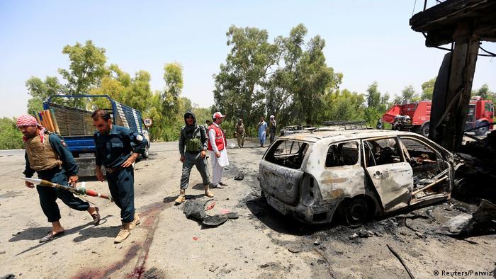 Afghanistan Selbstmordanschlag in Dschalalabad (Reuters/Parwiz)