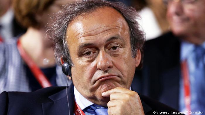 Michel Platini making a nonplussed facial expression, in a 2015 file photo. (picture-alliance/epa/T. Zenkovich)